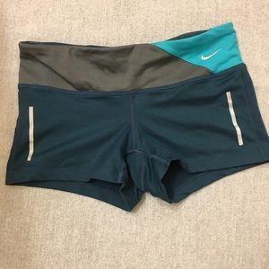NWT Nike Dri-Fit workout Booty shorts sizeXs